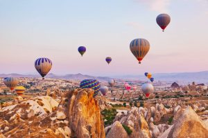 Hot air baloons cappadocia travel