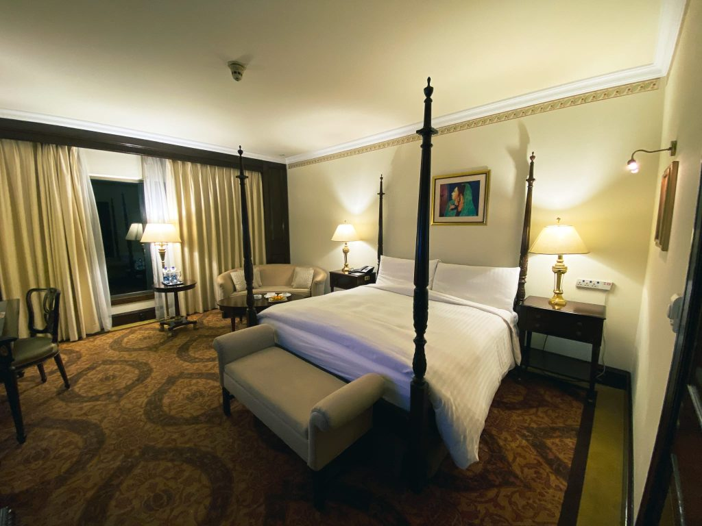 Pakistan travel hotels and accomodations